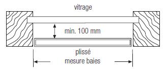 Store plissé écart de 10 cm de la verriere dans le jour